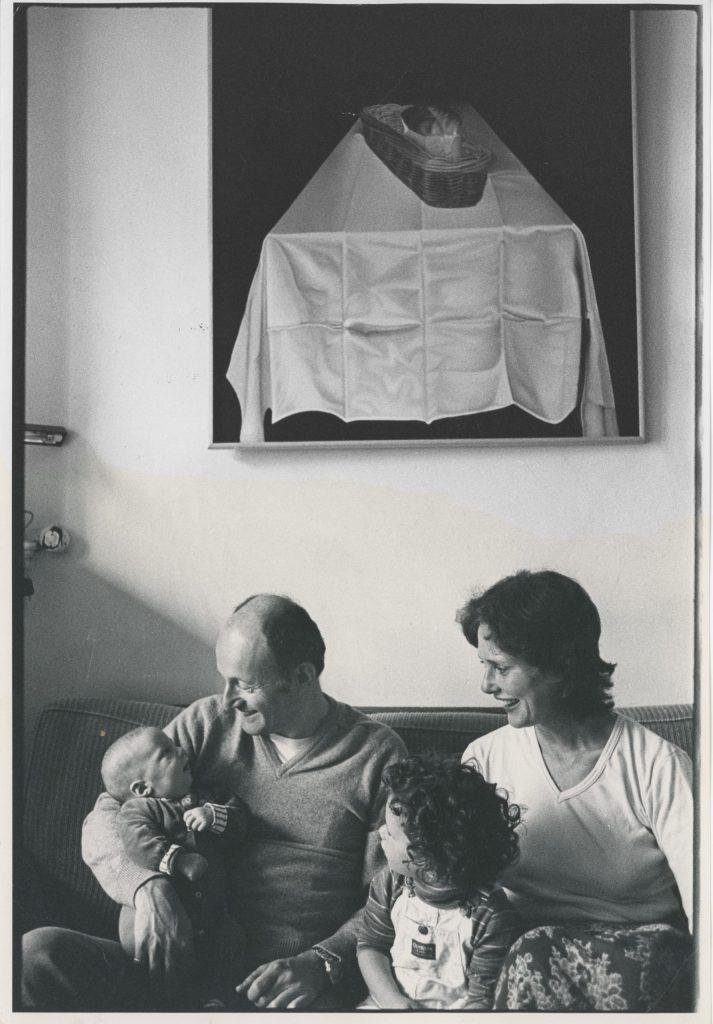 Foto van Simon, Sieg, Sarah en Karen in 1981.